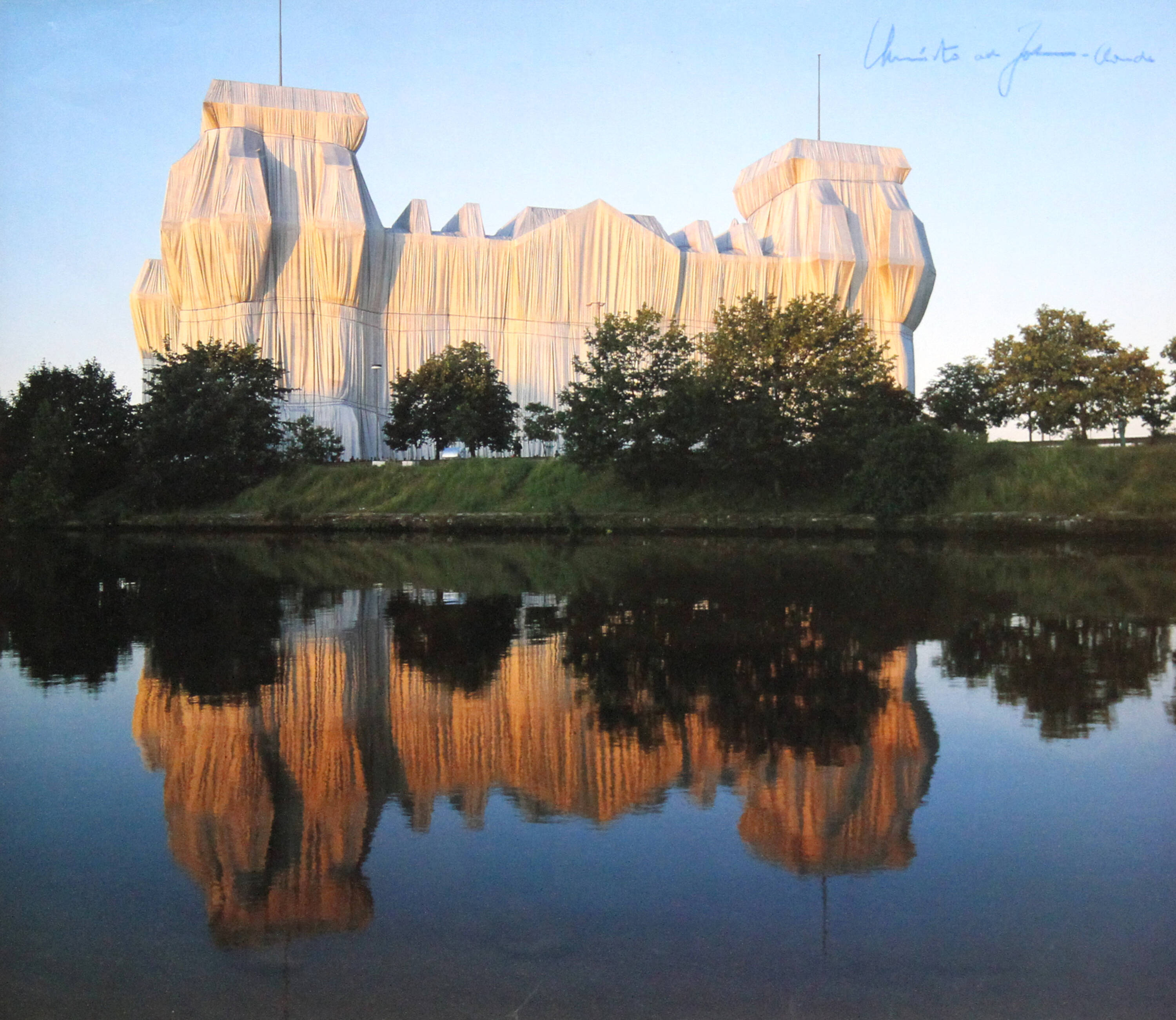 CHRISTO ET JEAN CLAUDE - 'Wrapped Reichag (Berlin)'