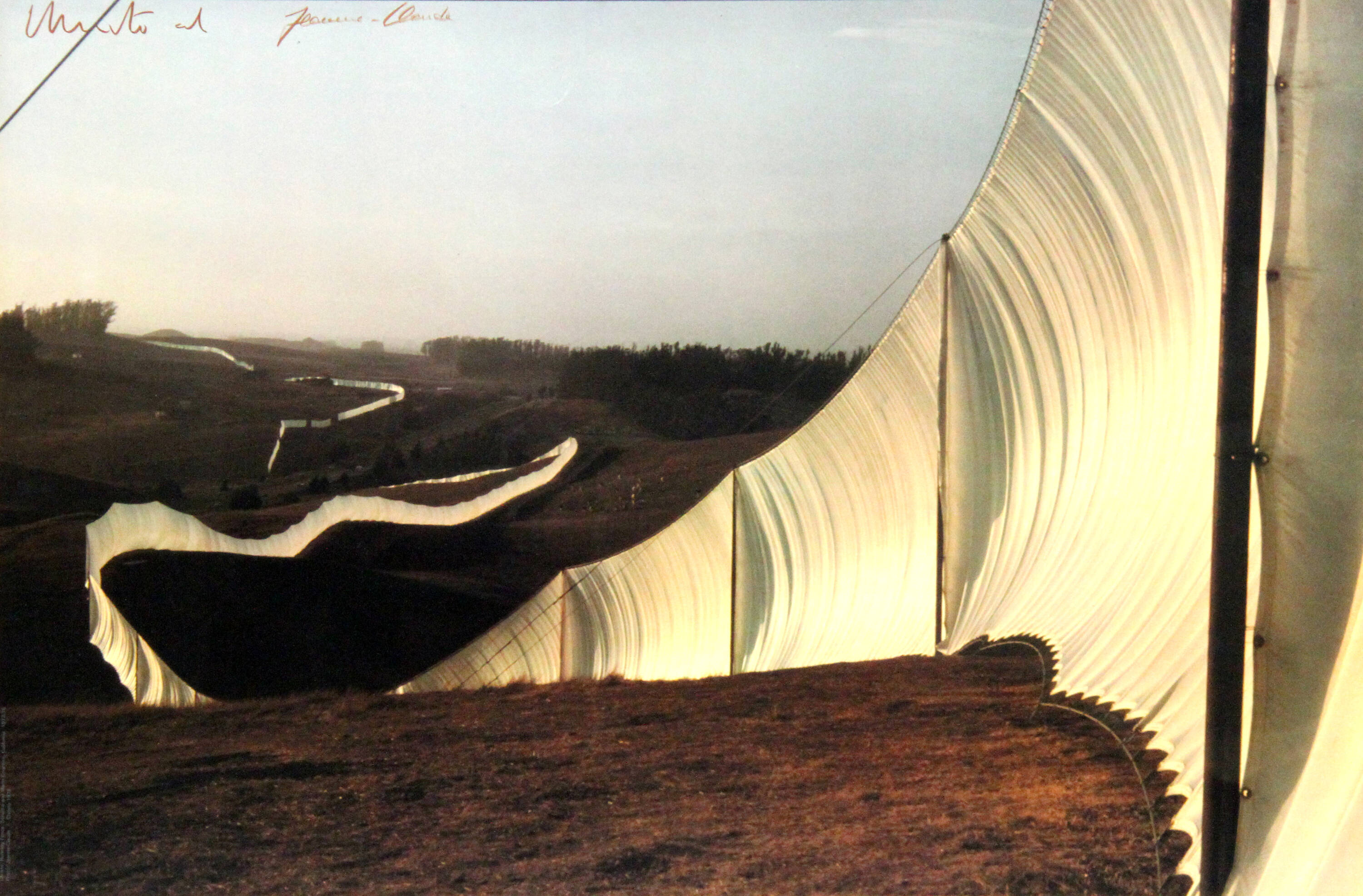 CHRISTO ET JEAN CLAUDE - 'Running fence - Sonoma and Marin Counties - California' 1976